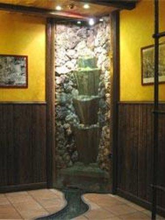 Casa Marieta: fuente que va al pozo