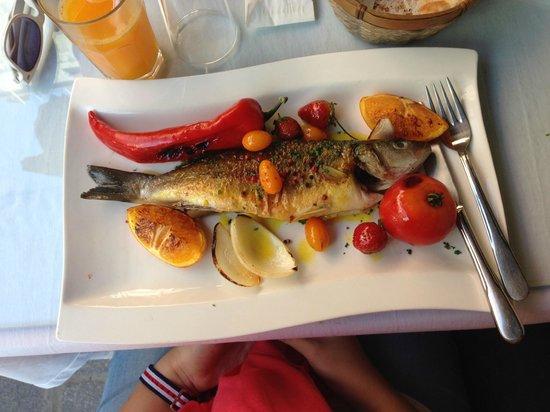 Can Oba Restaurant : tastiest fish!