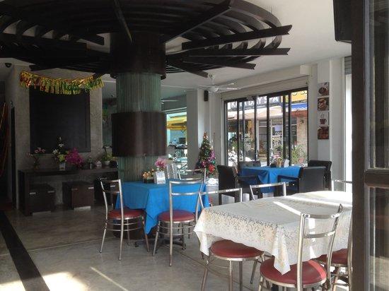 3rd street cafe & Guesthouse: Bitte mit der Homepage vergleichen, es war einmal