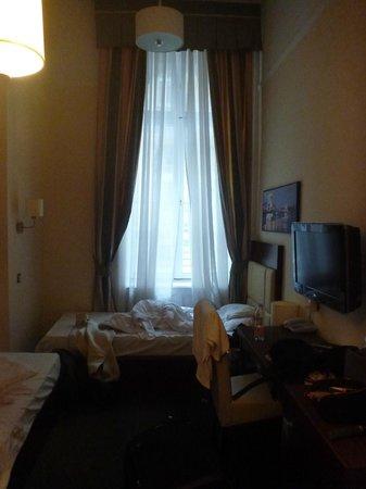 Hotel President: Quartinho