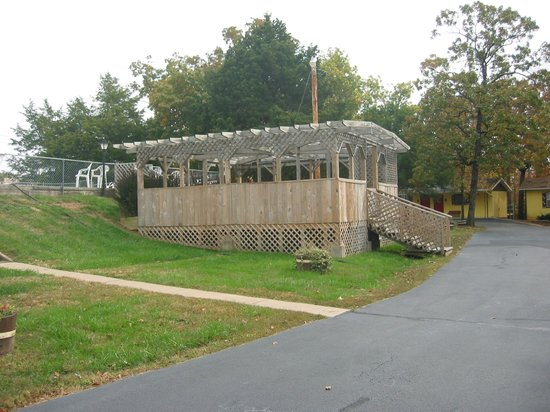 Golden Arrow Resort : Hot tub gazebo. The hot tub is open April through September