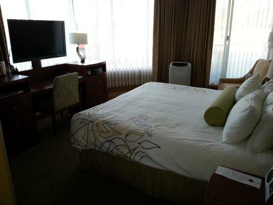 Victoria Regent Hotel: Room 711