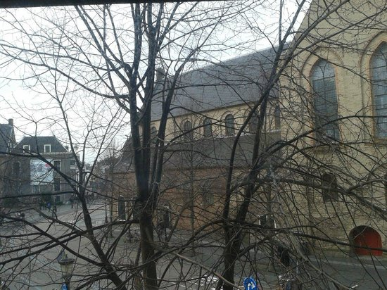 NH Centre Utrecht: View from room....