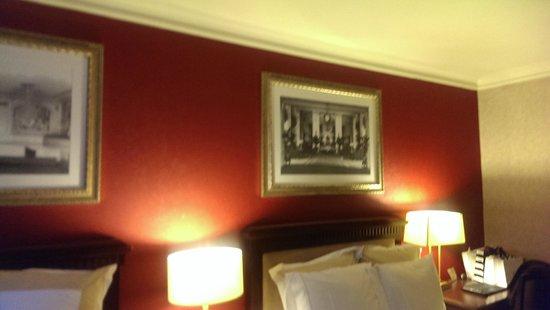The Roosevelt Hotel : Pintura nova...