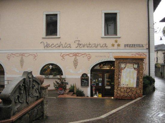 Esterno ristorante Vecchia Fontana