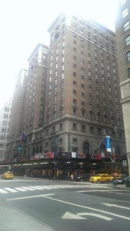 The Roosevelt Hotel: Outra por fora...