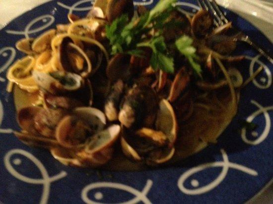 Ristorante Bagni Delfino: primo spaghetto a vongole