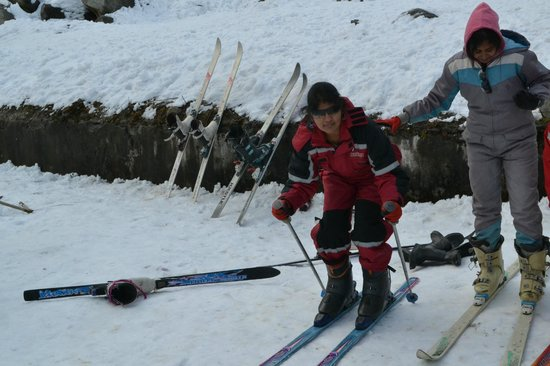 Solang Valley: Skeing I