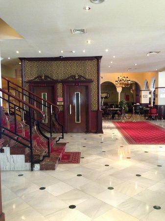 Mercure Madrid Plaza de Espana: Hotel lobby