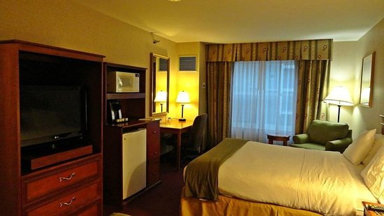 Holiday Inn Express Hotel & Suites White River Junction: Habitacion