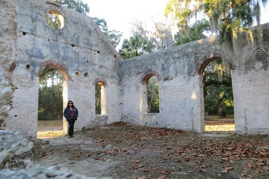 Chapel of Ease: Inside the chapel remains