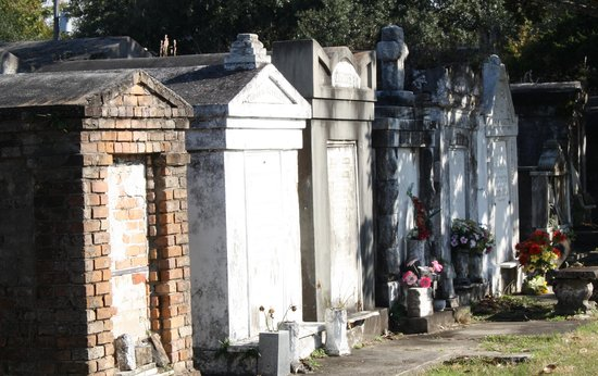 Lafayette Cemetery No.1: lost its interest