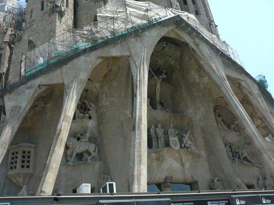 Sagrada Família: il Portale con Nostro Signore
