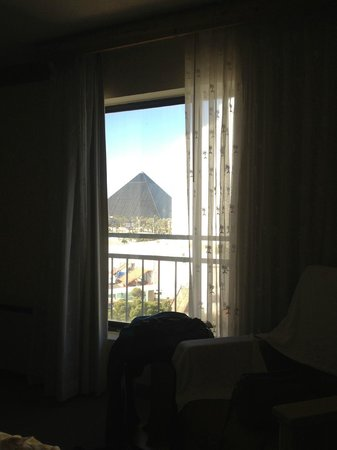 Hooters Casino Hotel : View of The Luxor from our room