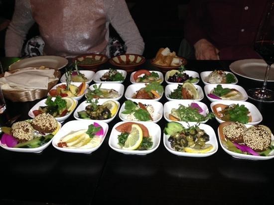 Bekaa Libanesisches Restaurant: Vores forret bestod af libanesiske tapas - virkelig lækkert.