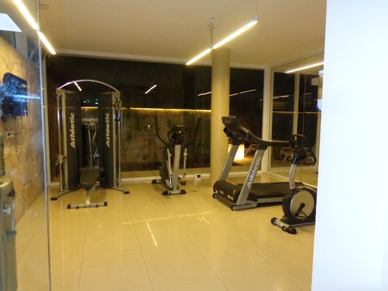 Rental Suites Pilar: GIM!!