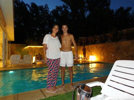 Rental Suites Pilar : PARQUE Y PILETA