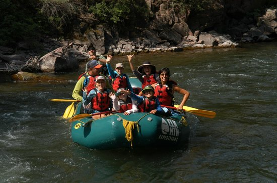 Elk Mountain Expeditions : Middle Roaring Fork - Exciting for the whole family (Class 3)