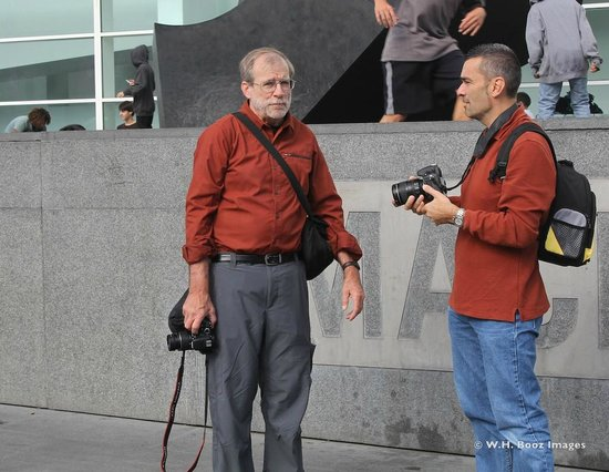 Barcelona Photowalk: Discussing Photographic Options