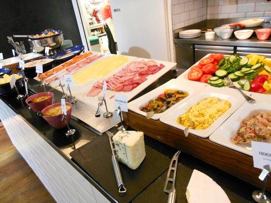 Alois Daniel Bakery: grosses Frühstücksbüffet