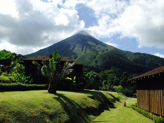 Hotel Lomas del Volcan: View from cottage 508