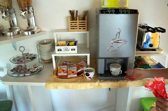 Terrace - rest and breakfast area - Picture of B&B Casanova, Verona ...