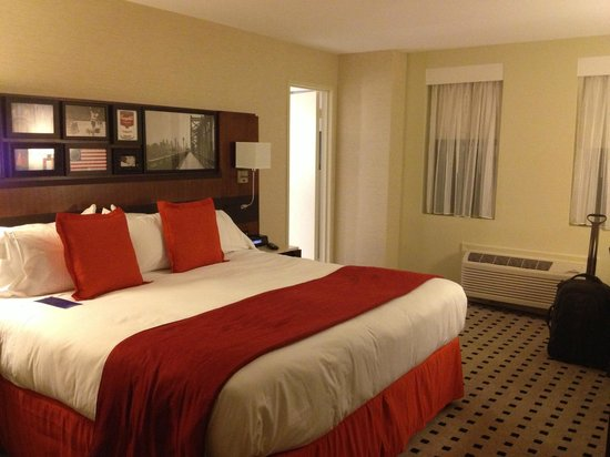 Warwick Hotel Rittenhouse Square: Standard Room-Bed