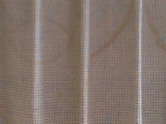 Motel 6 Fairfield North: filthy curtains
