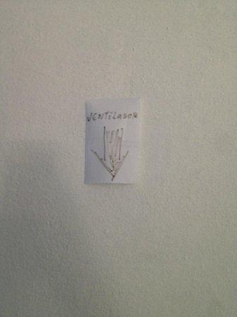 Recanto das flores : aviso em papel