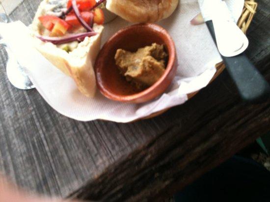 San Telmo Restaurant: Falafel for 30Q and ice tea for 18Q