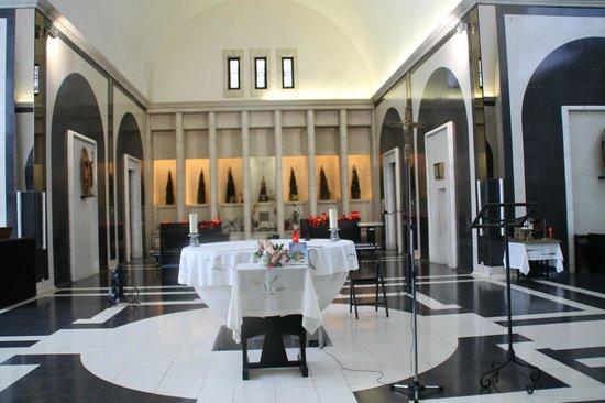 Santuario de Meritxell: altar