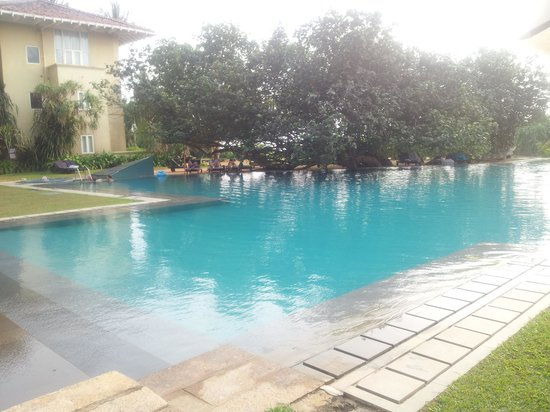 Heritance Ahungalla : green pool