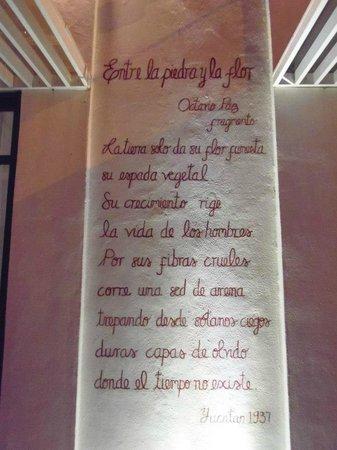 Hotel Casa Ticul: La leyenda a la entrada del Hotel