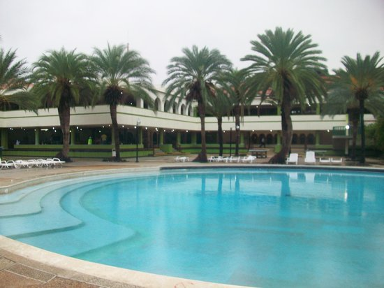 Dunes Hotel & Beach Resort: Piscina relajante