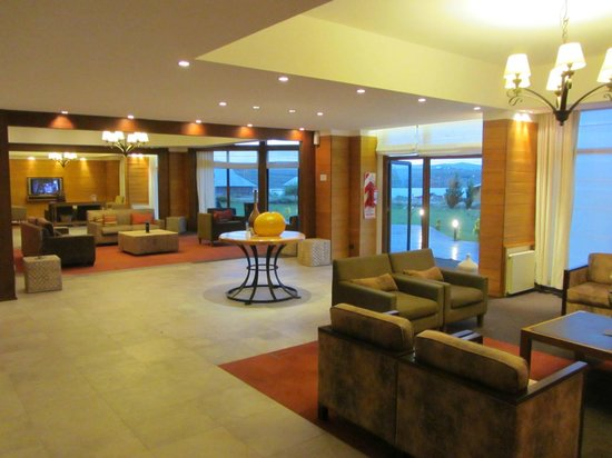 Rochester Hotel Calafate: lobby
