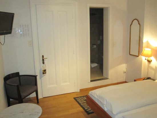 Hotel National AG: Doppelzimmer