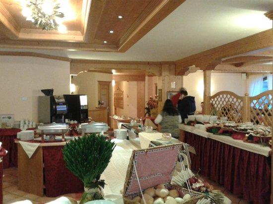 Hotel Residence 3 Signori : Buffet breakfast area
