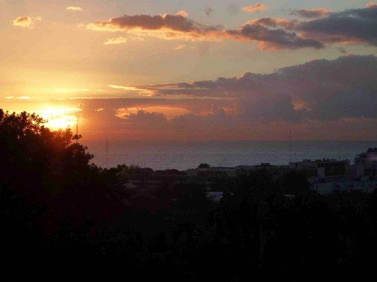 El Embajador, a Royal Hideaway Hotel: alba vista dall'hotel
