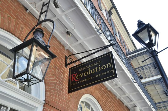 ‪Restaurant R'evolution‬