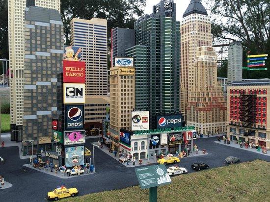 Time To Travel From Las Vegas To Lego Land Florida