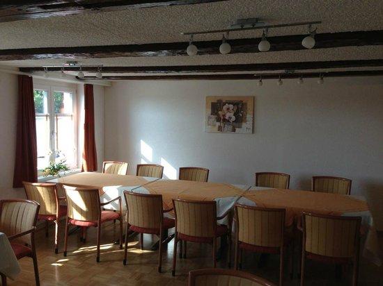 Hotel Garni am Lindeneck: La salle du petit-déjeuner