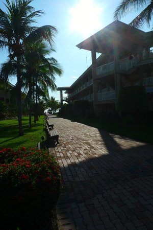 Doubletree Resort by Hilton, Central Pacific - Costa Rica: Walk to the pier