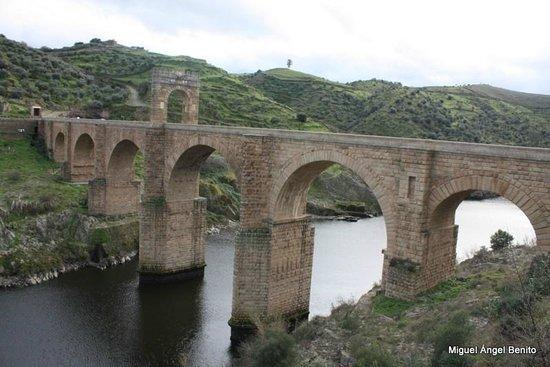 Puente de Alcantara: Puente de Alcántara