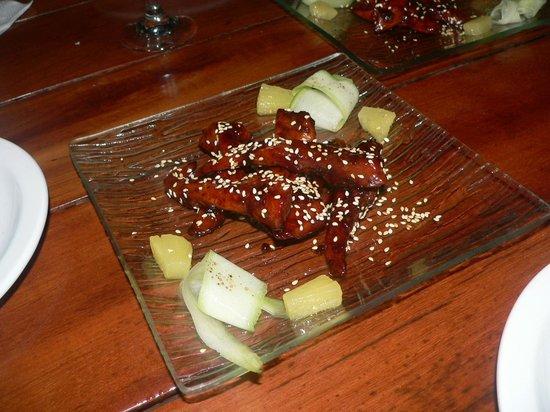 Guari Guari: Chicken in sweet sauce