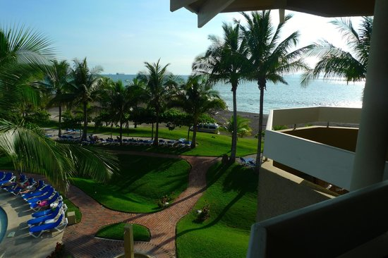 Doubletree Resort by Hilton, Central Pacific - Costa Rica: View from our balcony in Building 3