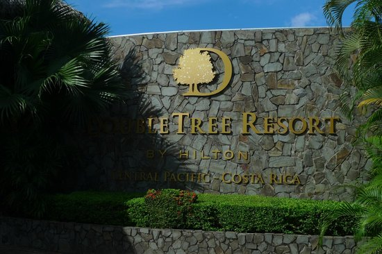 Doubletree Resort by Hilton, Central Pacific - Costa Rica: Entry sign