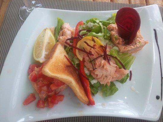 La Varangue du Lagon Chez Denis: tartare de thon