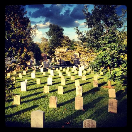Oakland Cemetery: The Civil War section