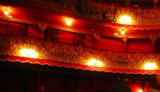 Teatro Lara: vista de los palcos laterales