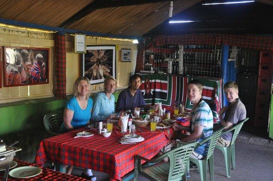 Oldarpoi Mara Camp : Dining area